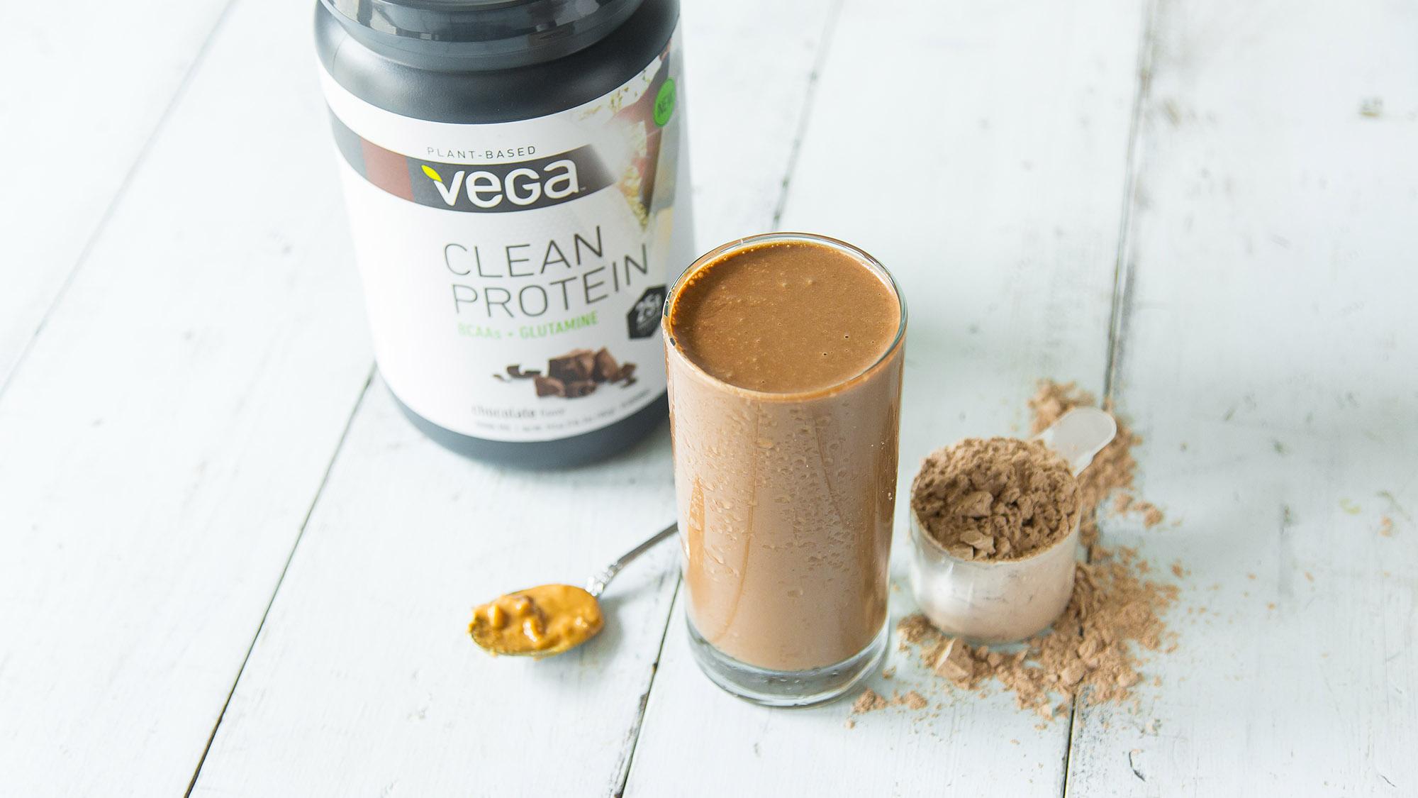 Chocolate-Peanut-Butter-Protein-Shake_-1